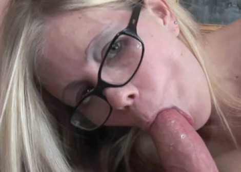 Tiny tart Tabitha takes the jizz in her mouth